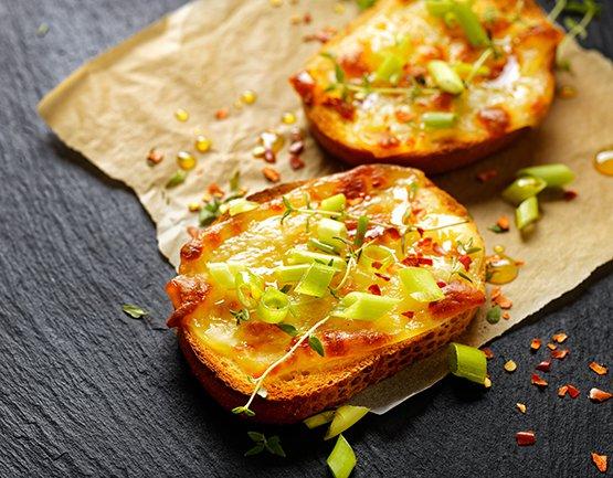 Cheela Toast